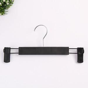 Clothes Hanger Racks Portable Plastic Display Hangers Windproof Pants Coats Hanger Clothing Organizer with Retractable Pants Clip GWA3678