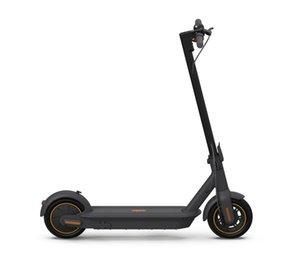 NINEBOT Kickscooter كحد أقصى بواسطة Segway، ركلة كهربائية قابلة للطي، 40 ميلا مجموعة، السرعة القصوى 18.6 ميل في الساعة، بطارية شحن سريع (رمادي غامق)