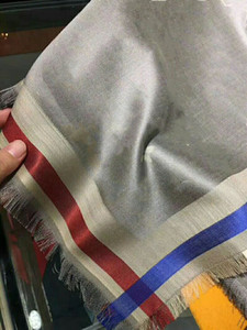 High-quality fashion square, classic spring and autumn silk wool lady's scarf, multi-functional air-conditioned room shawl 140*140cm