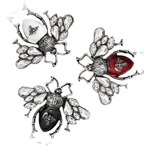 Vintage Insect Bee Brooches Pines Fashion Jewelry Lapel Pin Metal Insect Brooches Banquet Broche Gift Hat Scarf Collar ps1013