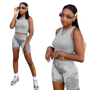 2021 Mujeres Sport Sitk Summer Designers Trajes de moda Chalecos Tops de cultivos y pantalones cortos Traje deportivo Gimnasio Casual Yoga Dos piezas Set H2UBJS
