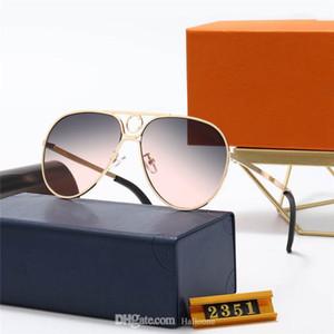 1 adet Moda Yuvarlak Güneş Gözlüğü Gözlük Güneş Gözlükleri Tasarımcı Marka Siyah Metal Çerçeve Koyu 50mm Mens Womens Için Cam Lensler Daha İyi Kahverengi Kılıflar