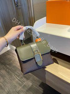 2021 SS Lady Moda Bolsas de dois tons de couro genuíno Nenhum Hasp Flap Interior Slot Bolso Casual Embreagem Sacos
