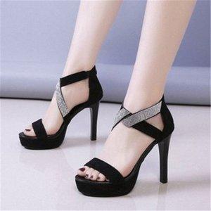 Nueva Bling Crystal Sexy Women 11cm Sandalias de talón Abrir TOE Rhinestone Straps Cross High Heel Sandals Vestido de novia Zapatos Tamaño 34 40 Silve L02C #