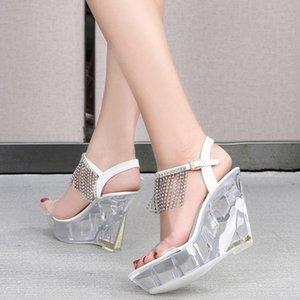 إمرأة مفتوحة تو أحجار الراين الشرابة واضح منصة شفافة إسفين عالية الكعب الصنادل الأحذية زائد حجم الصيف الجديدة 2021