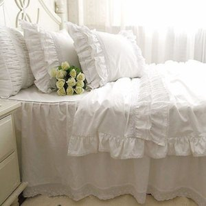 Top luxury Korean bedding set elegant embroidery lace duvet cover ruffle craft cake layers bedding bedspread bed sheet hot sale C0223