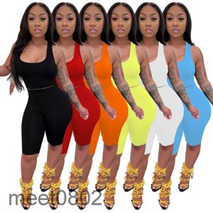 6 colors Hot selling women's 2021 spring and summer fashion U-neck casual Solid color tank top and shorts slim sports two-piece suit