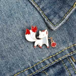 nine-tailed fox Enamel Brooches Cartoon Cute Fun Pins Bades for Denim Clothes Bag Fashion Jewelry Christmas New Year Gift Kids Friends