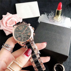 35.6MM ladies watch exquisite diamond fashion watch large letters European and American fashion watch