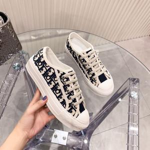 2021 جديد حار بيع قماش المطرزة الأحذية النسبة النجم صافي المشاهير الشكل المقعر عرض 100٪ من الحرير القطن الأبعاد ثلاثي الأبعاد