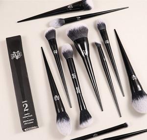 Sıcak Makyaj Fırça Kat Von D Profesyonel Fırçalar Pudra Vakfı Allık Makyaj Fırçalar Göz Farı Fırçası Perakende Kutusu Makyaj Araçları Ile