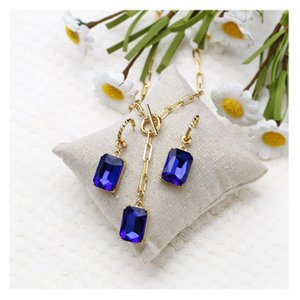 Multi faceted rectangular Sapphire Blue Crystal Glass Pendant Necklace Earring Set accessories for women