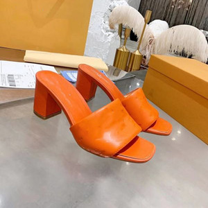 Lüks Kadın Tasarımcı Çevirme Flop Nappa Dream Square Toe Sandal Streç Sandalet Bayanlar Lüks Rahat Terlik Düğün Kadın