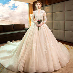 2021 Women Vintage A-line V-neck Wedding Dresses Long Backless Lace Puffy Bridal Gowns Sweep Train Plus Size 3 4 Long Sleeves