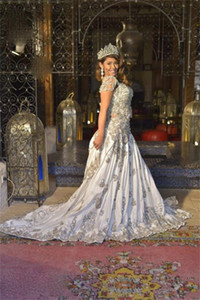 Custom Made Elegant Arabic Dubai Evening Dresses Silver Applique Crystals Moroccan Kaftan Prom Dress Plus Size Formal Party Gown