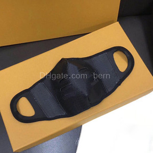 Drop Ship Mode Marke Classic Braun Black PU Leder Gesichtsmaske Staubdichte Schutzdesigner Masken mit Geschenkbox