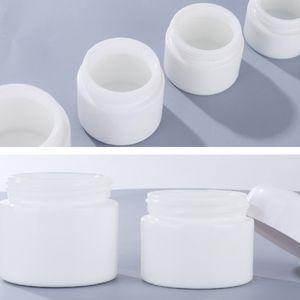 White Porcelain Cosmetic Cream Jar 30g 50g Skin Care Glass Face Cream Bottles With White Lids