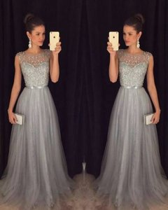 Elegant Silver Gary Tulle Formal Evening Dresses A-Line Beads Beaded Top Scoop Neck Sleeveless Cheap Pretty Long Prom Party Gowns