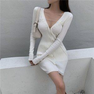 Abito a maniche lunghe a coste a coste knit coreano sexy mini bianco bianco autunno bodycon vestito con scollo a V viola maglione abito da donna nuovo 210319