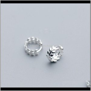 JewelryReal 925 الاسترليني سير هوب أقراط للنساء بسيطة أوراق صغيرة الأطواق القرط الأزياء والمجوهرات الإناث الأذن ولديسة هدية هيكي قطرة د