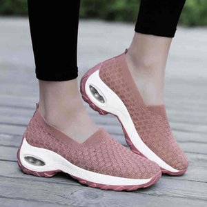 Femme blanche sport Sneakers Sneakers de coureurs Sneakers Jogging Femme Sport Femmes Entraîneurs Sports Chaussures de sport pour Mesdames Mesh Street