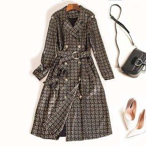 Новый дизайнер Роскошные Женщины Длинные Замшевые Требовые Пальто Двухборкил с поясом Высокое Качество Женщины Элегантная Мода Взлетно-Посадка Трешевая Пальшка1