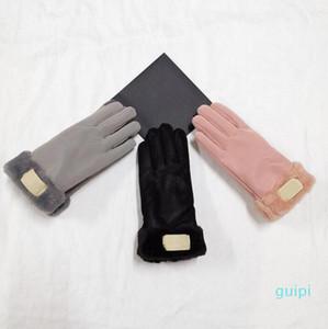 2021 Neue Marke Design Faux Pelz Stil Handschuh Für Frauen Winter Outdoor Warme Fünf Finger Künstliche Lederhandschuhe Großhandel 31