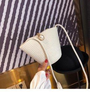 Beach досуг кошельки лето женские соломенные тканые оболочки сумка шикарный жемчужный дизайн ручной работы женские поперечные сумки поперечины