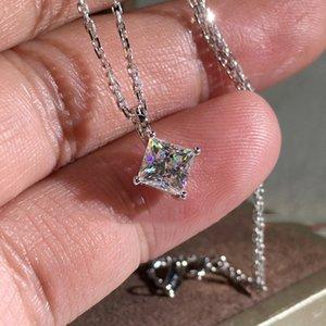 Nouveaux cristaux de Swarovski Cube Perles Cintres 925 Sier Chaînes pour Femmes Mariage Chic Poison