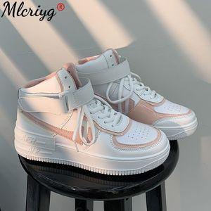 2021 Fashion Spring New Designer White Platform Sneakers Women Tenis Feminino Casual Female Shoes Woman 210322