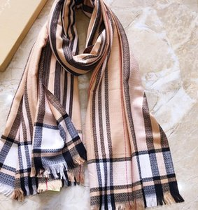 New plaid scarf, go out to sunblock all-match shawl is very suitable for summer travel, shopping mall air conditioning shawl. Specifications of 70-180 cm