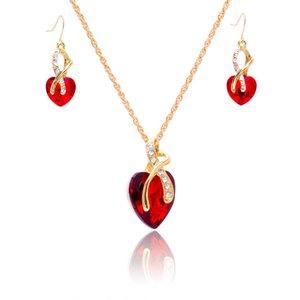 Cena de bodas Pendientes de cristal Collar en forma de corazón Austrian Crystal Zircon Jewelry Set Simple Temperamento Collar Partido Joyería 370 Q2