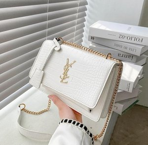 820# Women Luxurys Designers Bags Crossbody High Quality Handbag Womens Purses Shoulder Shopping Totes Bag