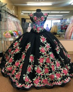 Black Floral Quinceanera Dresses 2021 Embroidery Beaded V Neck Sleeveless Floor Length Satin Custom Made Sweet 15 16 Birthday Party Ball Gow