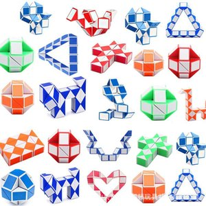 Brinquedos Mini Magic Cubo Snake Forma Toy Game 3D Cubos Cubos Puzzle Twist Quebra-cabeças Presente Aleatório Inteligências Supertop Presentes