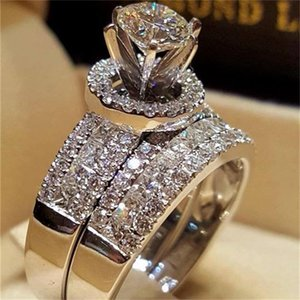 Lujo Crystal Diamond Female Big Queen Anillo Conjunto Fashion 925 Silver Bridal Anillos de boda para las mujeres Promise el anillo de compromiso de amor 22 R2