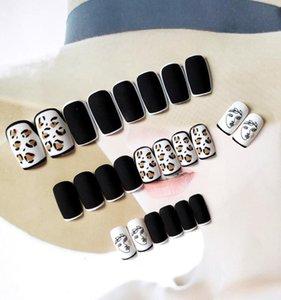 False Nails 2021 24pcs Leopard Nail Patch Glue Type Removable Mid Length Paragraph Fashion Manicure Save Time EY669