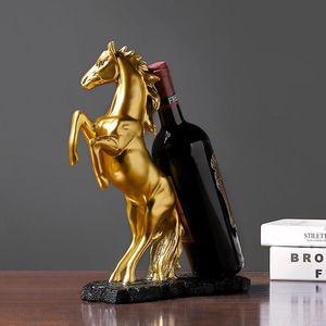 Golden Horse Wine Rack Bottle Portabottiglie Ornamentale Resina Creativa Scultura A Barware Decor Artigianato Accessori Artigianale Forniture Rifornimenti da tavolo