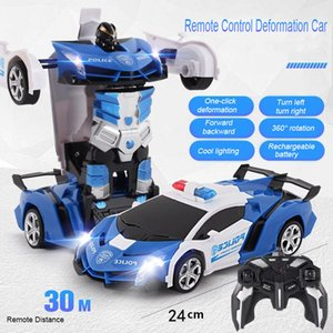 Nouvelle transformation RC Robot Robot Télécommande Car 2 en 1 Robots de déformation Modèles Jouets pour enfants Baby Noël cadeau de Noël 210322