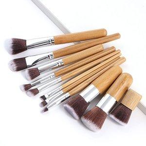 Brosses de maquillage de la poignée en bambou naturel Set de haute qualité Fondation Mélangez un outil de maquillage cosmétique avec sac de coton