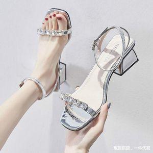 الصيف الكورية حجر الراين الصنادل السيدات مشبك مكتنزة كعب أحذية الجنية نمط امرأة ساندليس النساء