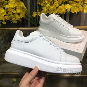 Top Quality Mens Womens Leather Casual Shoes Comfort Pretty Men's Trainers Daily Lifestyle Skateboarding Black Suede With box