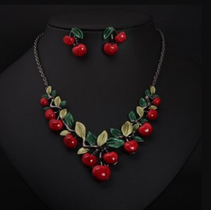 Vintage Red Cherry Pattern Necklace Earrings Jewelry Set New Fashion Statement Jewelry for Party Set Cute Gift wedding