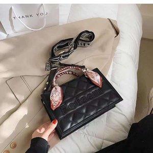 مصمم حقيبة فاخرة Totes كبار الإناث في صيف أكياس النمط حقيبة يد ويب المشاهير يميل عبر حزب صغير باو لينغ منقوشة لون نقي