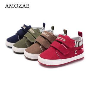 Walking shoes 2021 Baby Boys and girls Shoes Soft Canvas Solid For born Crib Mocassins 14 Styles available 210827