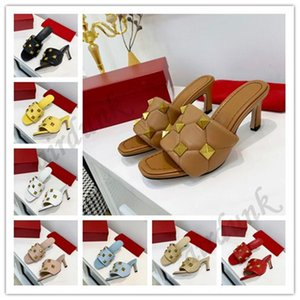 [With box]2021 Top Quality women Summer Sandal Designer Beach Genuine leather rivet High Heels Slipper Fashion Oversized Rhombus Studs Flip Flops Sandals