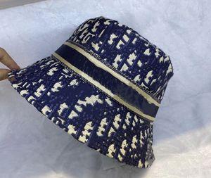 Beach Bucket Bucket Hat Luxurys Дизайнеры Caps Мужская Зимнее Летние Федора Женщины Божественная Бойная Шапочка Поддоны Шляпы Бейсболка Смыслящие шапочки