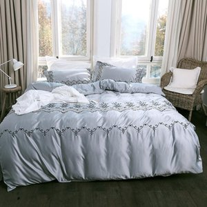 Bedding Sets 4Pcs AB Side Silk Embroidery Luxury Queen King Size Duvet Cover Set Bed Skirt Pillowcase Bedclothes