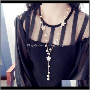 Hermosa camelia imitación perlas con cuentas largas suéter de cadena de cadena de la cadena de la cadena para las mujeres Regalo IEUAG Collares colgantes Oujiy