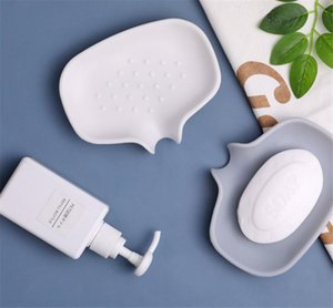 Wholesale Silicone Soap Dish with Drain Bar Holder for Shower Bathroom Self Draining Waterfall Tray Saver